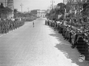 Fascists assembled near the Arch of Constantine in Rome. 1936.